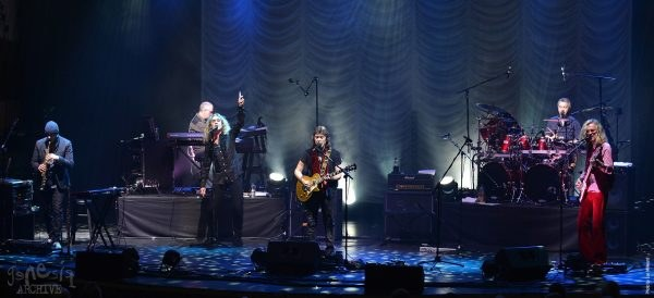 Band Live Photo - Steve Hackett press one(4) copy